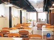チロリアン・食堂