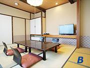 緑翠亭 景水・和室一例